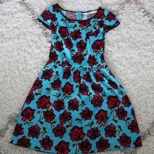 Kensie fit and flare dress: Size 2 EUC